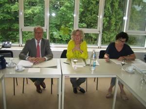 Landesrätin Katharina Wiesflecker besucht Plattform-Sitzung
